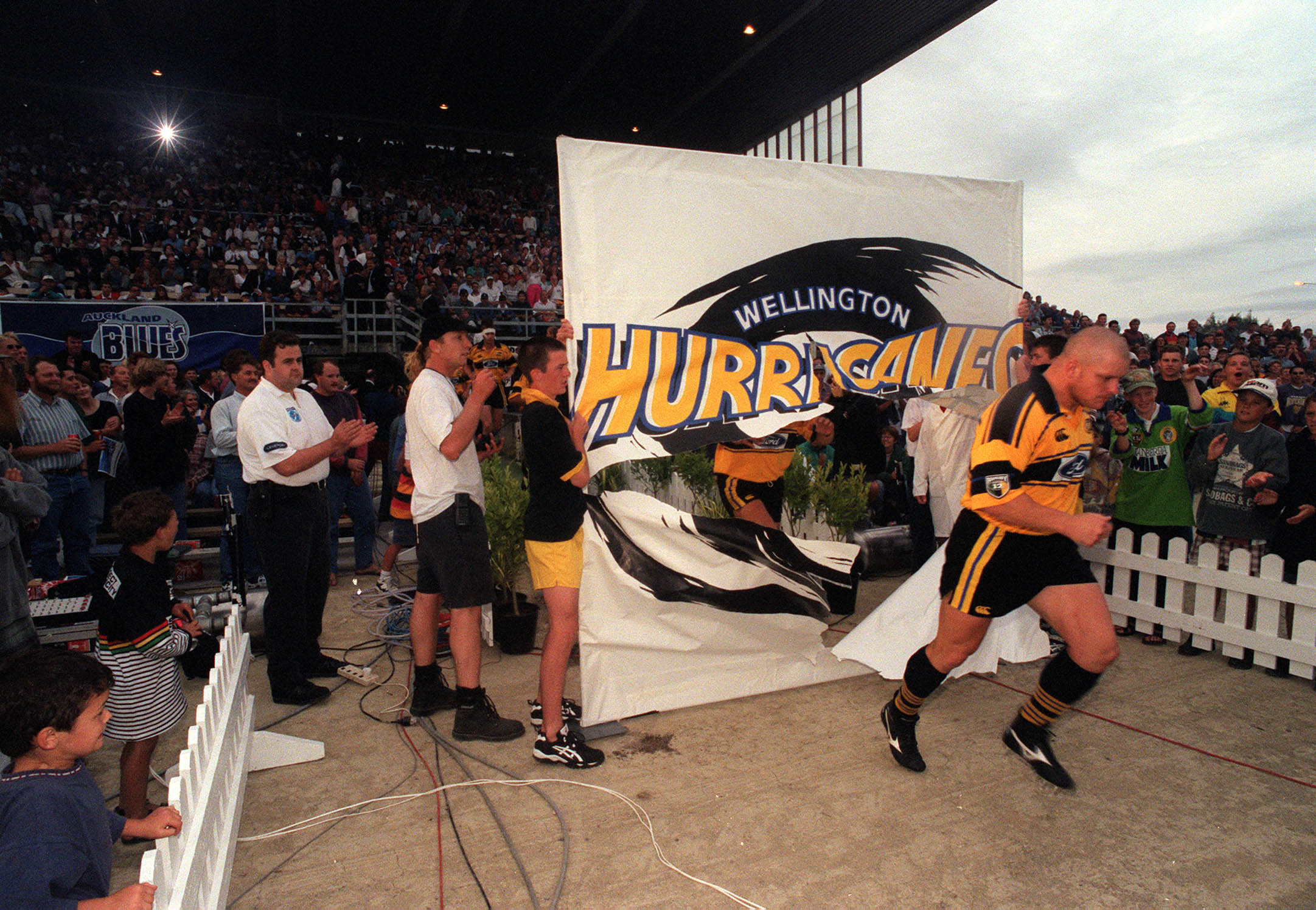 FARMLANDS FLASHBACK: THE FIRST MATCH – HURRICANES V BLUES, MARCH 1, 1996